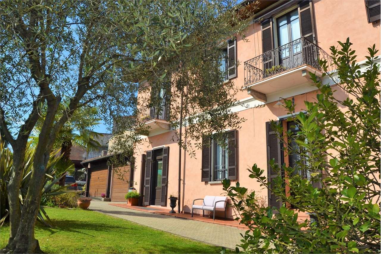 Vendita Villetta Bifamiliare Casa/Villa Arona 54497