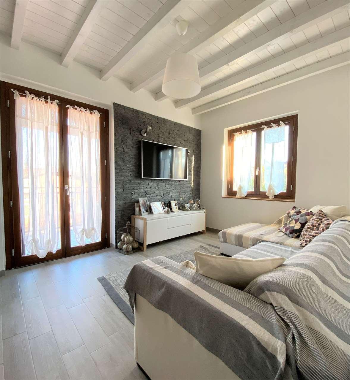 Vendita Villetta Bifamiliare Casa/Villa Arona 231648