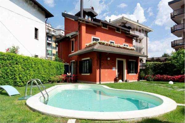 Vendita Villa unifamiliare Casa/Villa Arona 231665