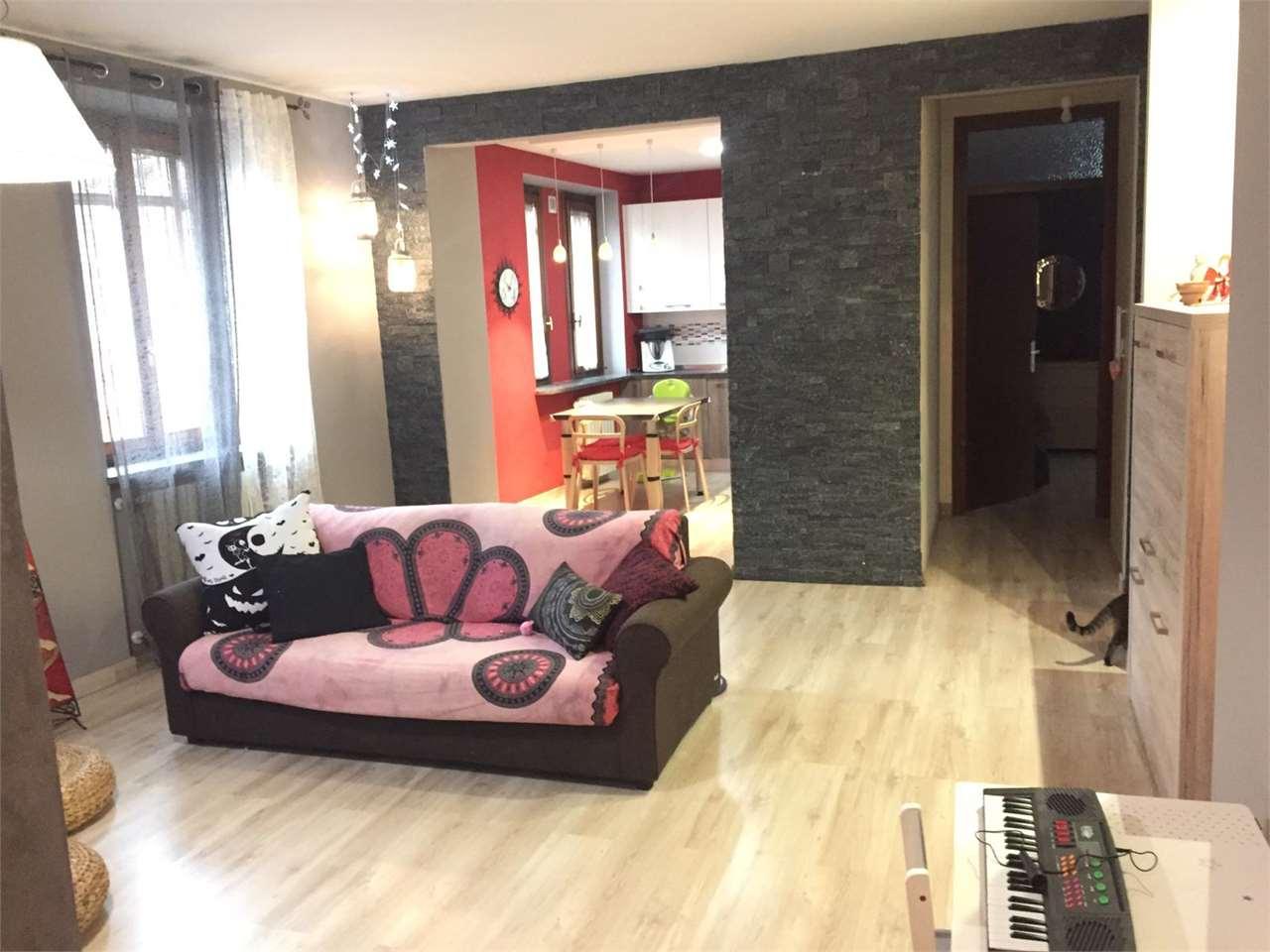 Vendita Trilocale Appartamento Azzate piazza cairoli 1 101771