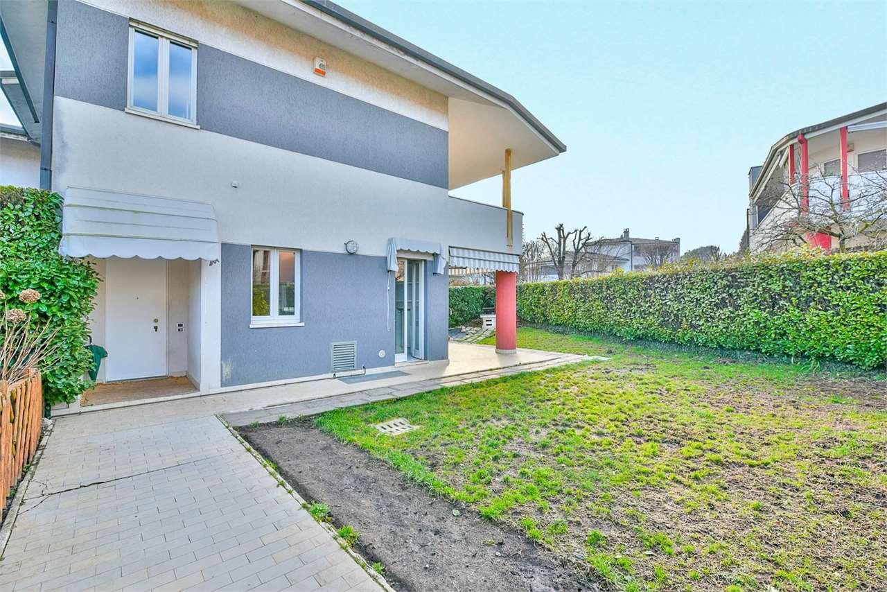 Villa a Schiera in vendita a Montorfano, 4 locali, prezzo € 199.000   PortaleAgenzieImmobiliari.it