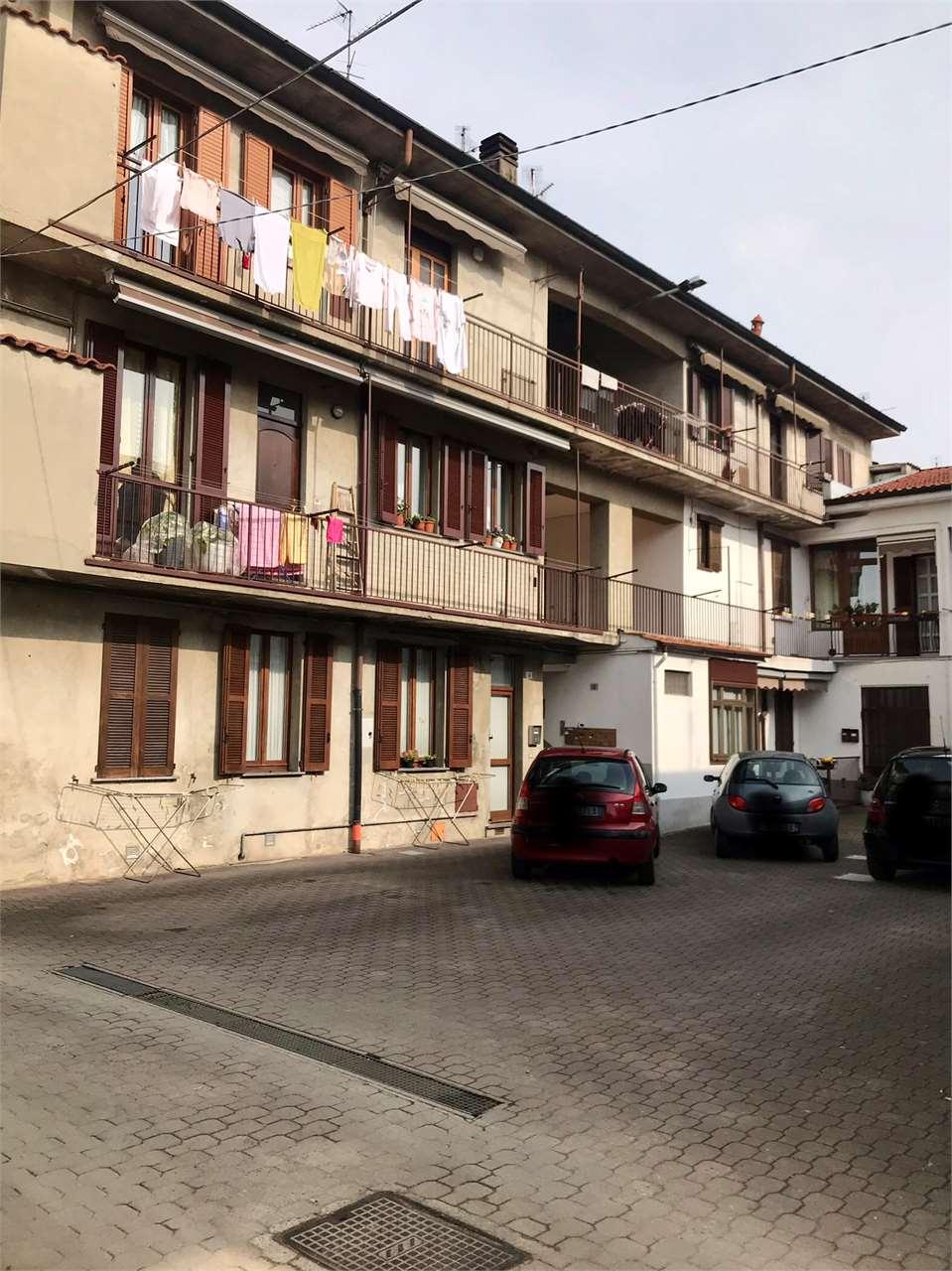 Vendita Bilocale Appartamento Albiate Via Cascina Canzi  206467
