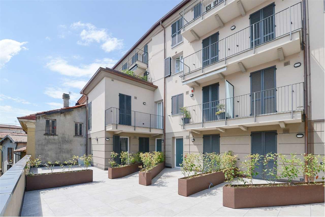 Vendita Quadrilocale Appartamento Albese con Cassano 215932