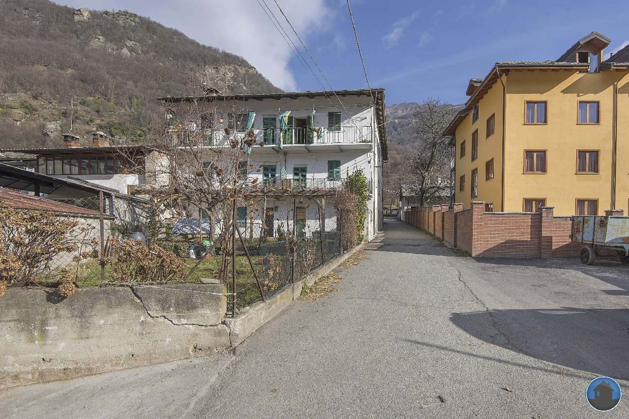 Vendita Quadrilocale Appartamento Bobbio Pellice Via Beisilia 15 245384