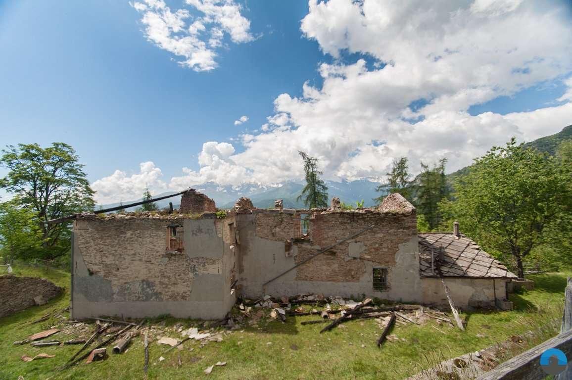 Rustico / Casale in vendita a Torre Pellice, 9 locali, prezzo € 36.000   PortaleAgenzieImmobiliari.it