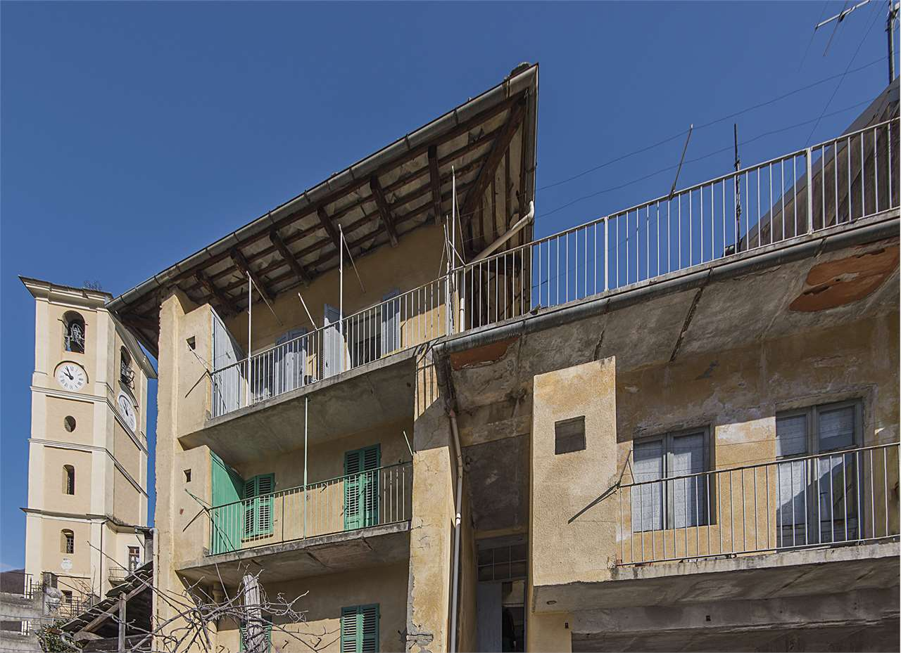 Rustico / Casale in vendita a Villar Pellice, 15 locali, prezzo € 44.000 | PortaleAgenzieImmobiliari.it