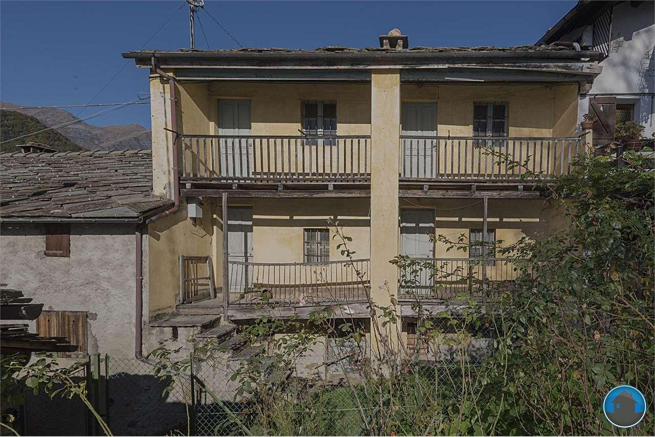 Rustico / Casale in vendita a Angrogna, 4 locali, prezzo € 13.000 | PortaleAgenzieImmobiliari.it