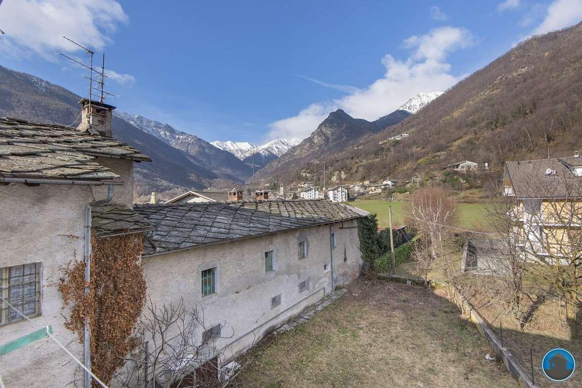 Rustico / Casale in vendita a Bobbio Pellice, 12 locali, prezzo € 162.000 | PortaleAgenzieImmobiliari.it