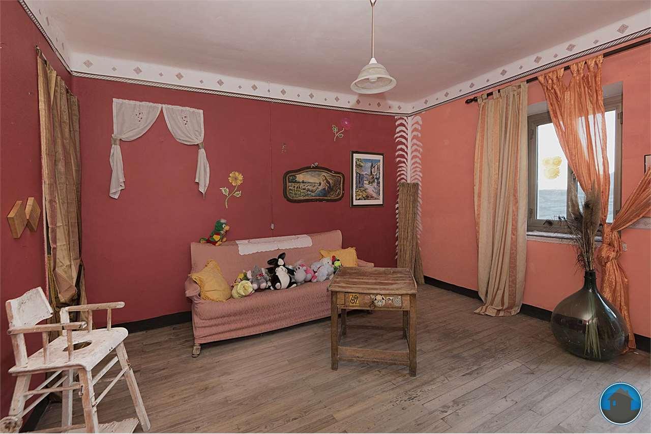 Appartamento in vendita a Villar Pellice, 3 locali, prezzo € 29.000 | PortaleAgenzieImmobiliari.it