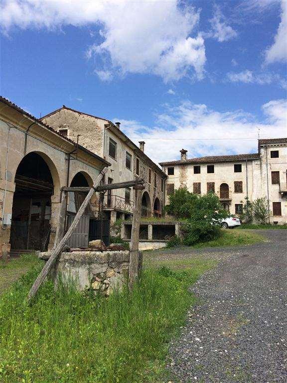 Appartamento in vendita a Montecchia di Crosara, 9999 locali, prezzo € 80.000 | CambioCasa.it