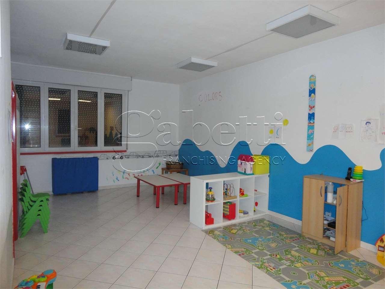 Ufficio / Studio in affitto a Ferrara, 4 locali, zona Località: Foro Boario, prezzo € 800 | PortaleAgenzieImmobiliari.it