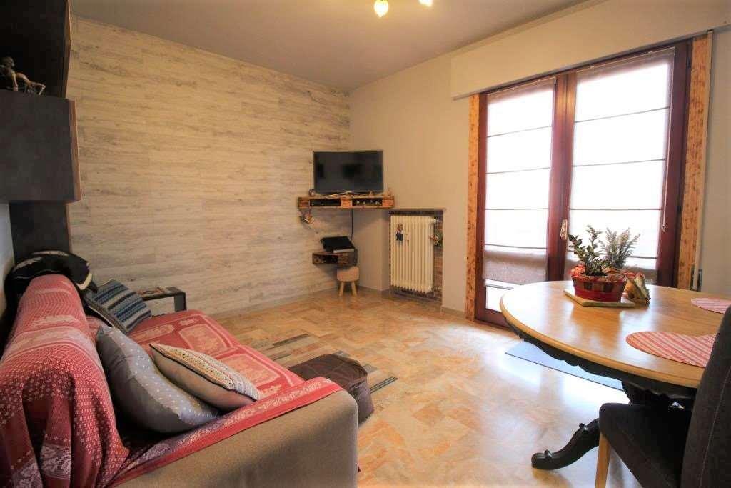 Appartamento in vendita a Martellago, 4 locali, zona Zona: Maerne, prezzo € 120.000 | CambioCasa.it