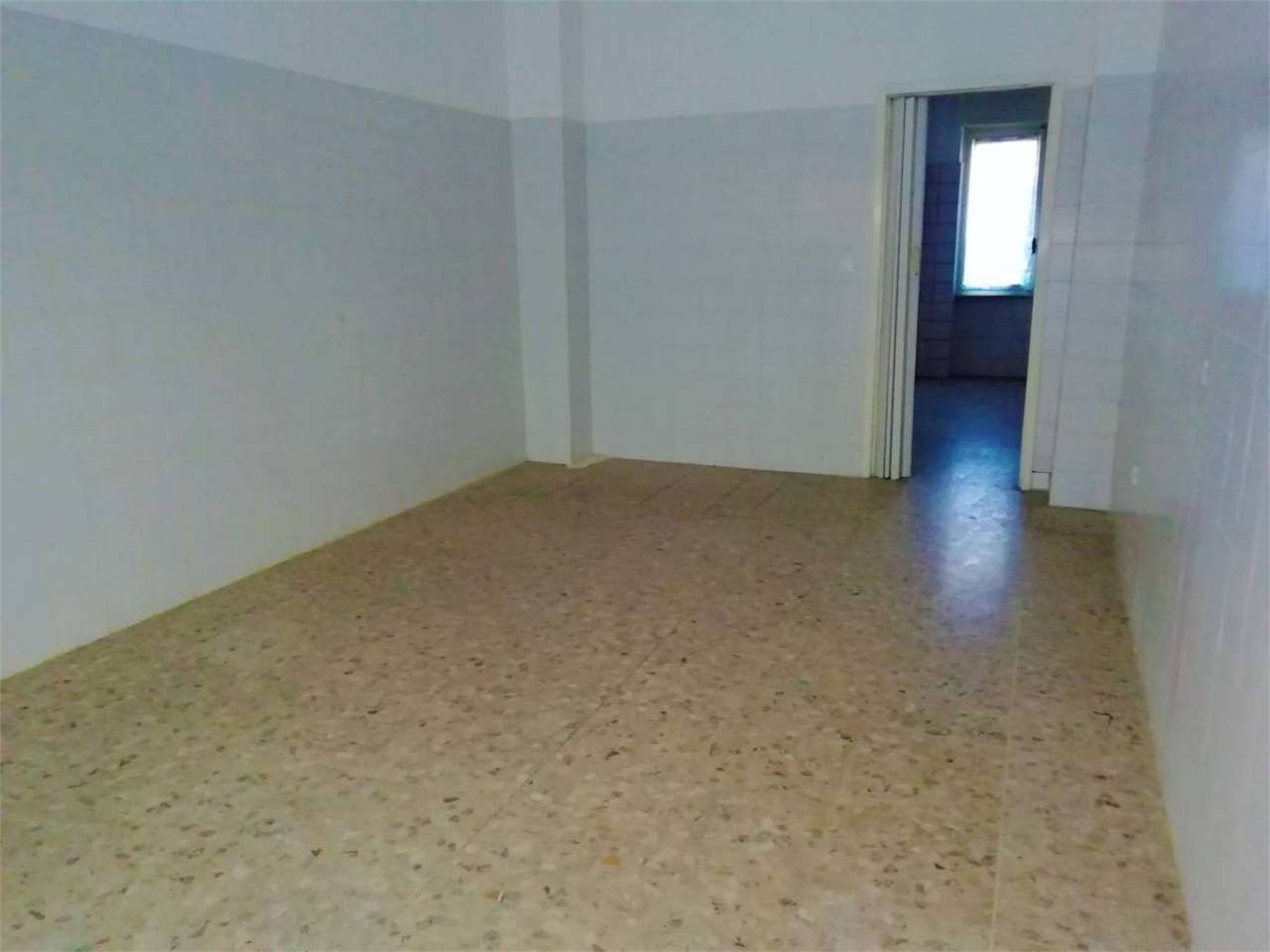 Negozio / Locale in affitto a Alessandria, 2 locali, zona Località: Pista Nuova, prezzo € 300 | PortaleAgenzieImmobiliari.it
