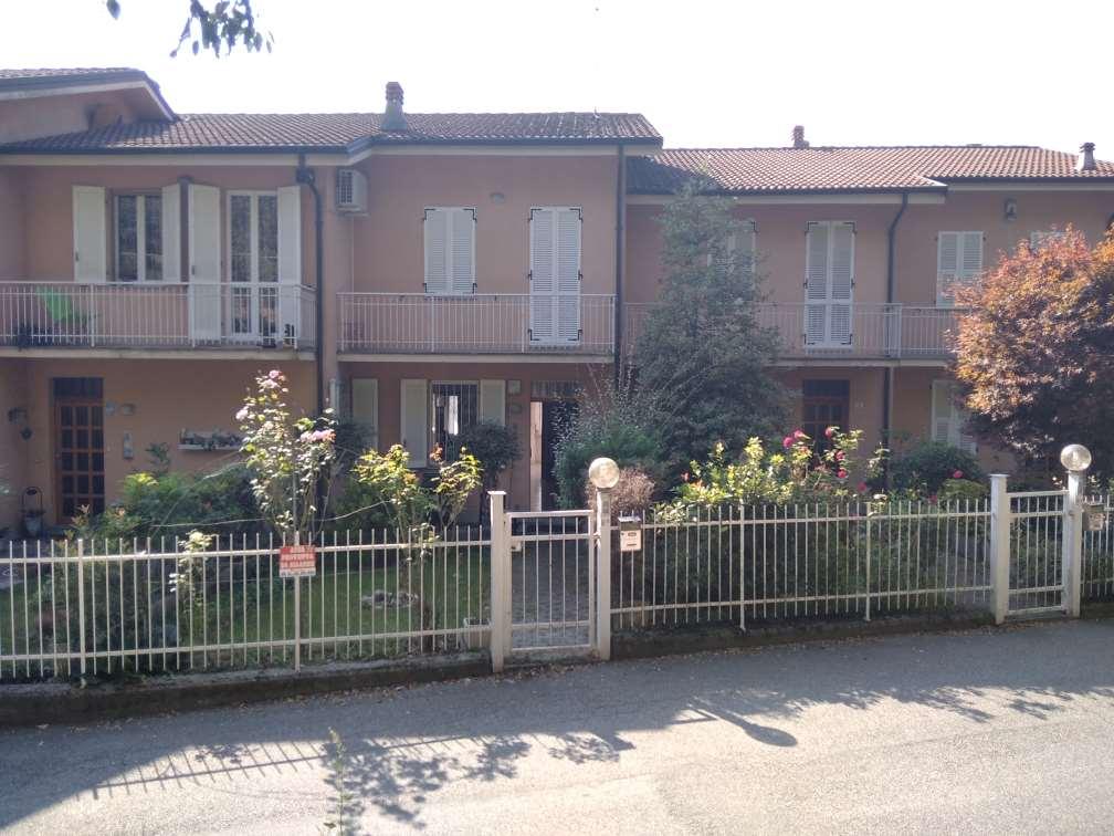 Villa Bifamiliare in vendita a Vignale Monferrato, 55 locali, prezzo € 98.000 | PortaleAgenzieImmobiliari.it