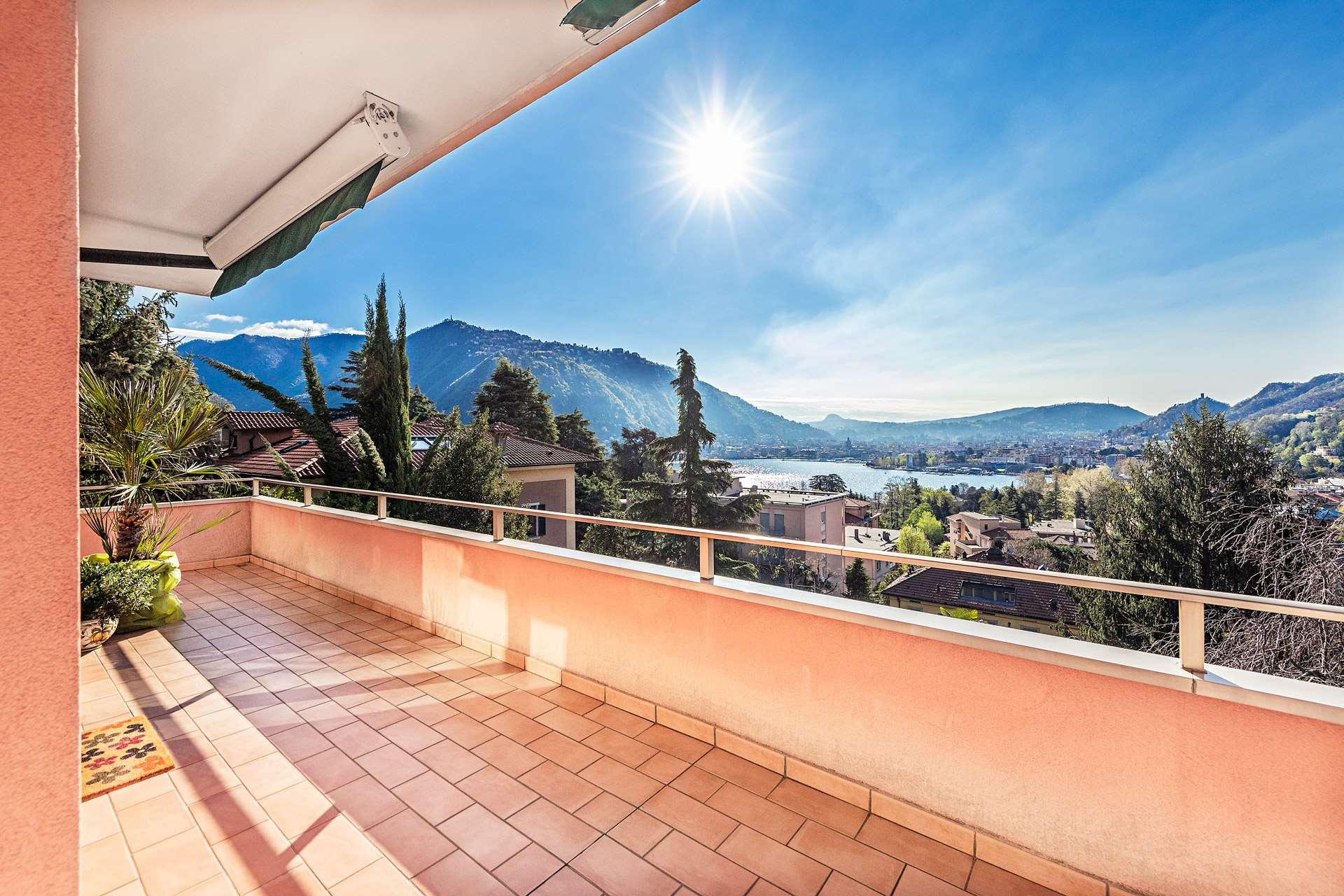 Villa signorile in zona panoramica vista lago ! Gallery
