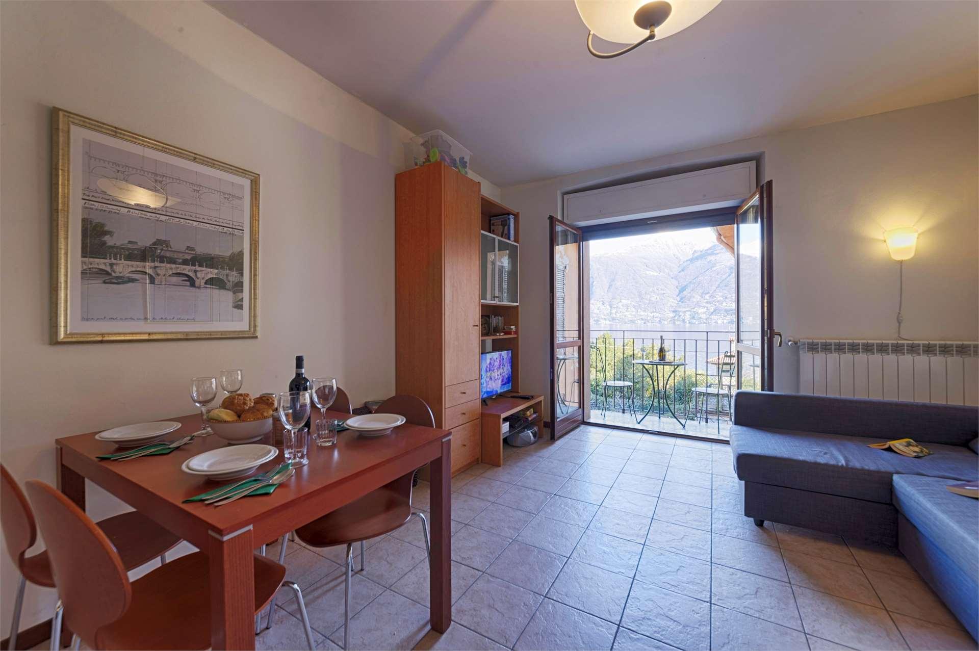 CIPRESSO 9 : Appartamento vista lago - San Siro Gallery