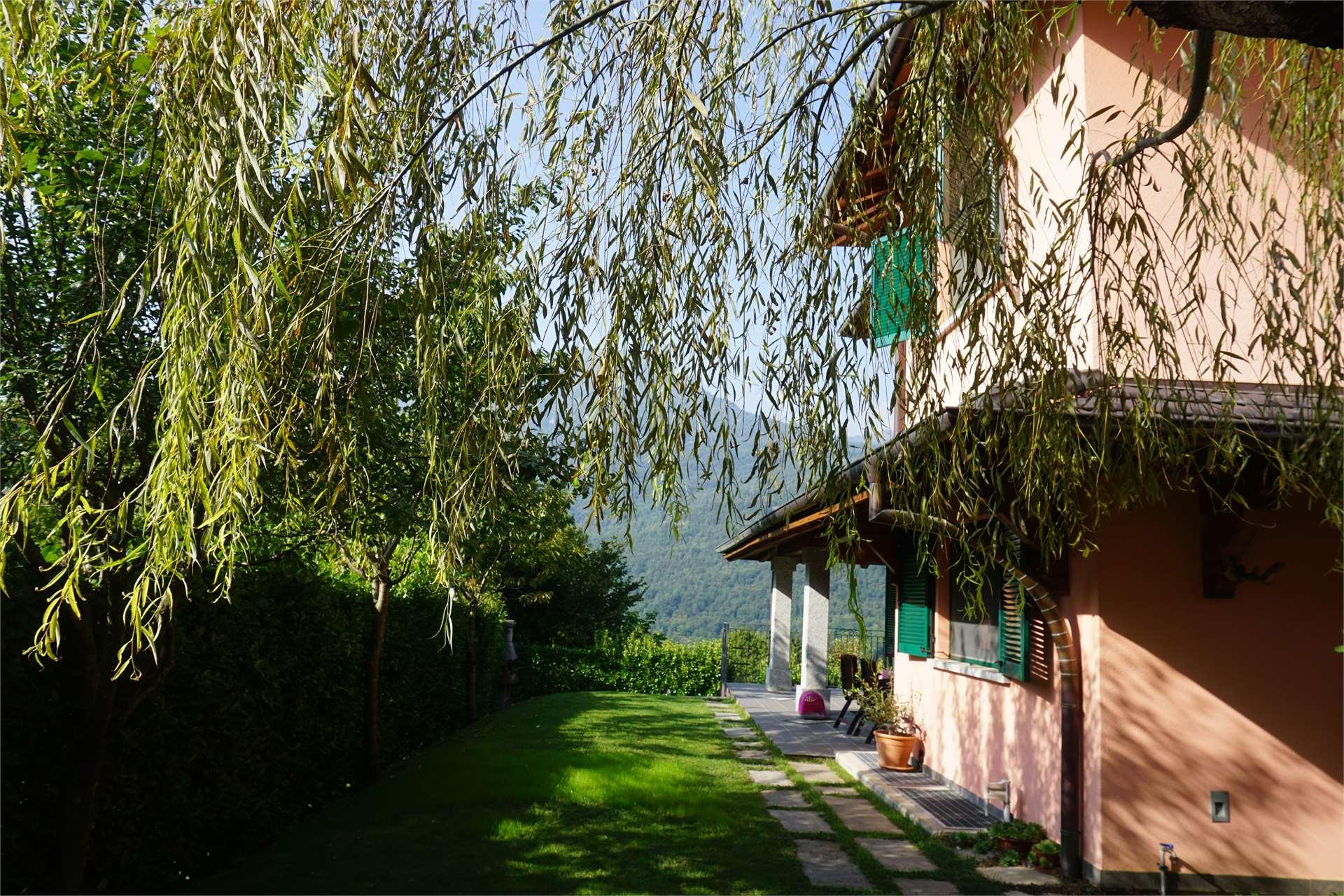 Villa unifamiliare in vicinanze Menaggio ! Gallery