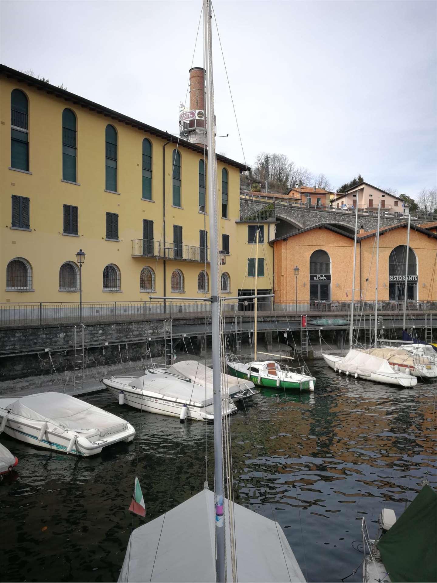 Appartamento con splendida vista lago Gallery
