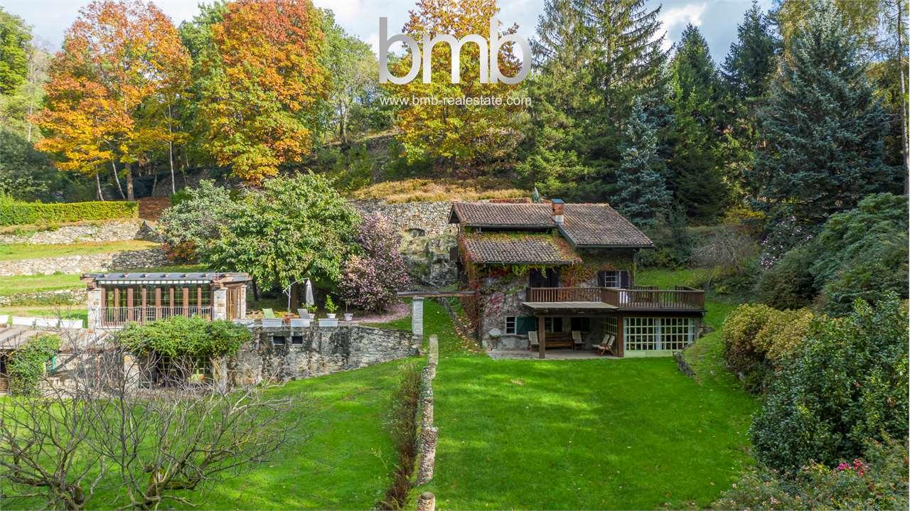 Appartamento in vendita a Montalto Dora, 15 locali, prezzo € 670.000 | CambioCasa.it