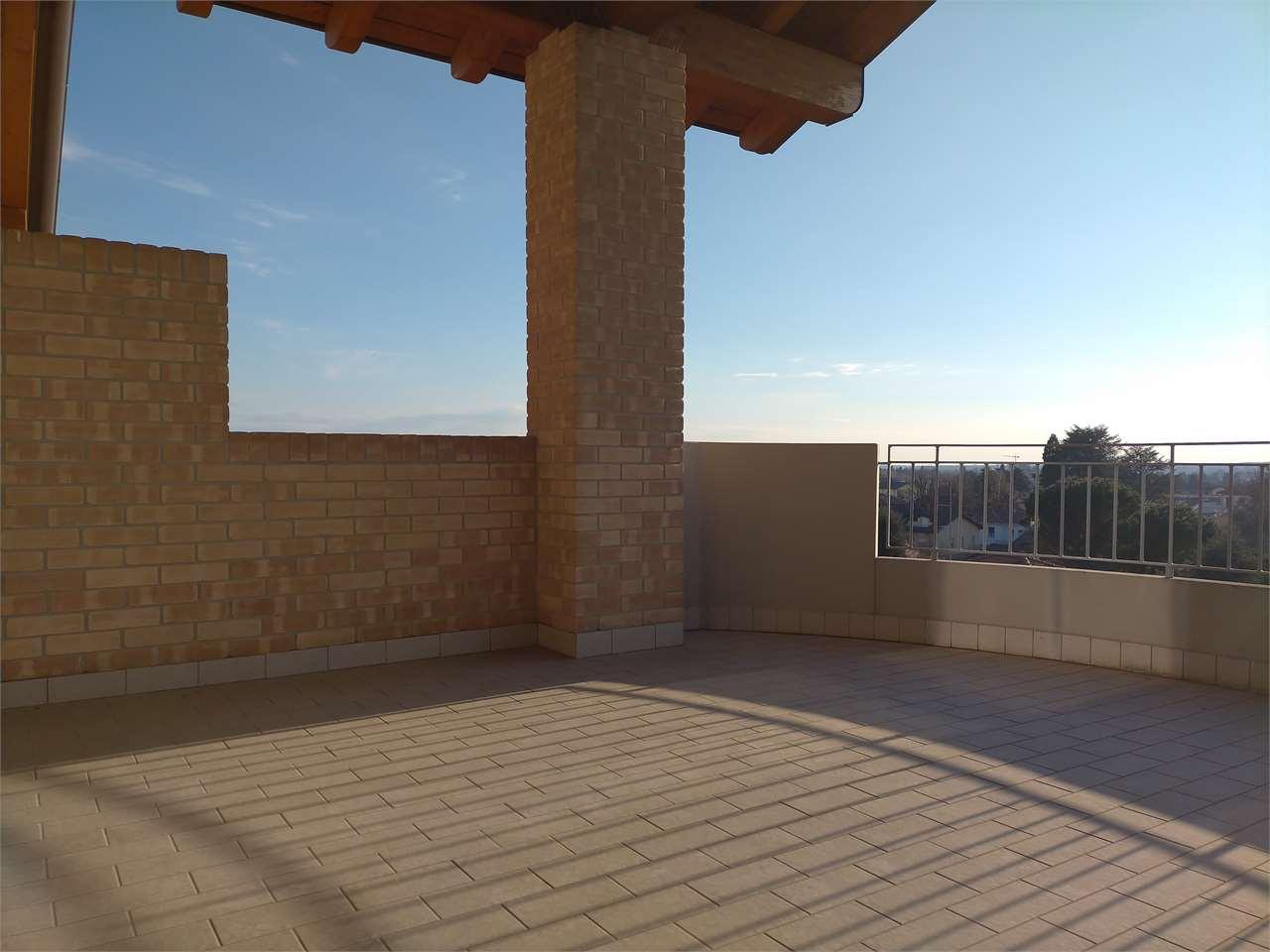 Vendita Attico Appartamento Arosio 245859