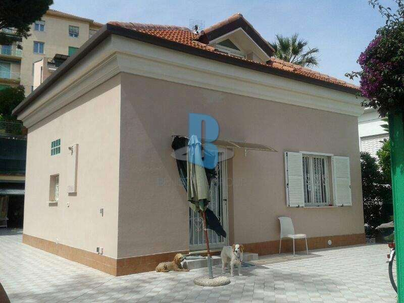 Casa indipendente in vendita a Sanremo (IM)