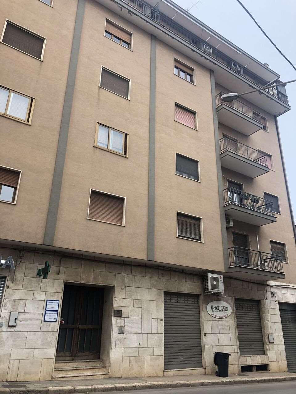 Appartamento in vendita a Conversano, 5 locali, prezzo € 135.000 | CambioCasa.it