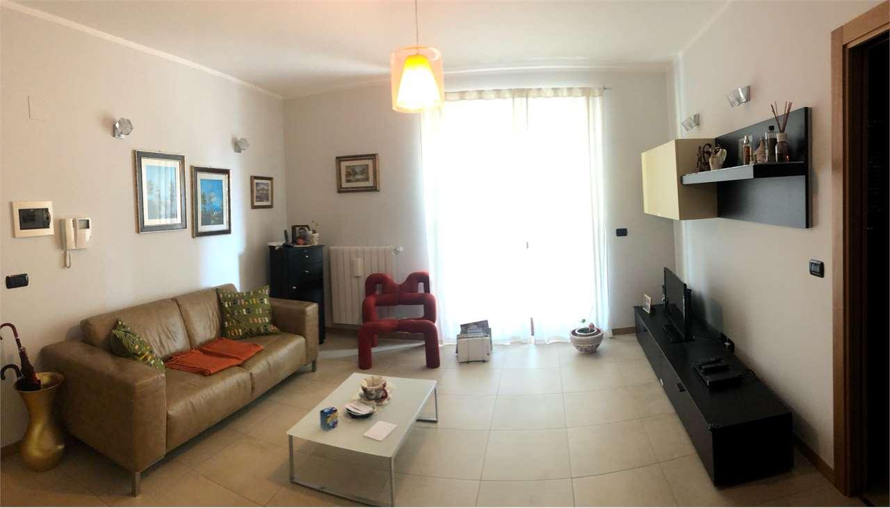 Appartamento in vendita a Conversano, 4 locali, prezzo € 167.000 | CambioCasa.it