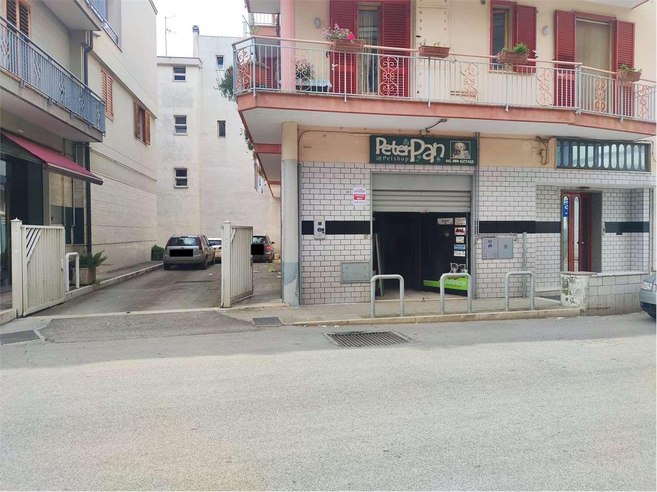 Negozio / Locale in affitto a Conversano, 1 locali, prezzo € 600 | CambioCasa.it