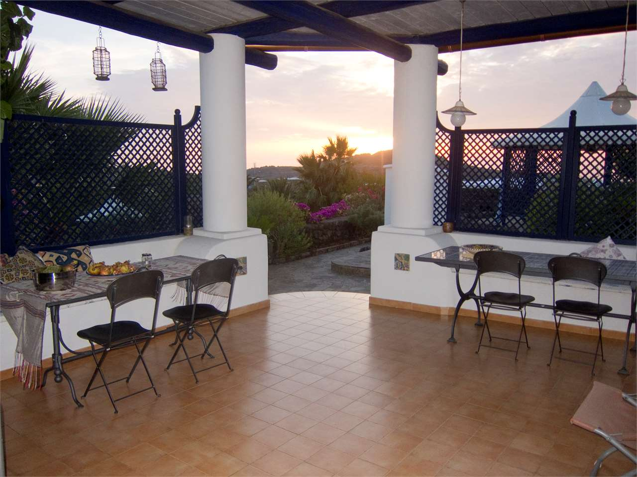 pantelleria vendita quart:  call tour