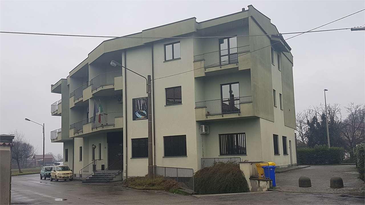 Palazzo / Stabile in vendita a Ciriè, 9999 locali, Trattative riservate   CambioCasa.it