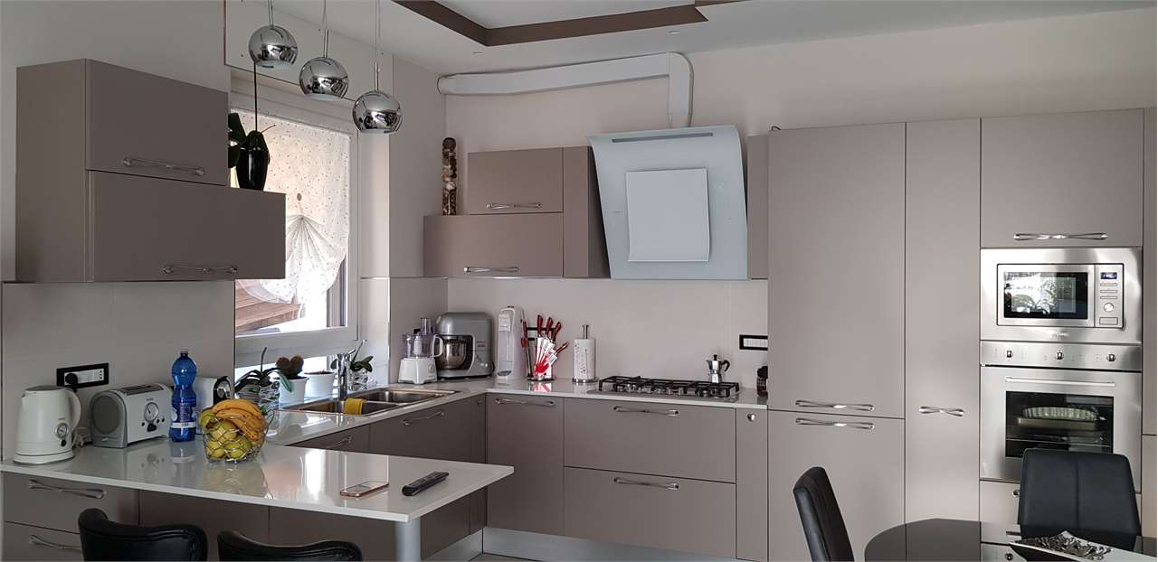Vendita Trilocale Appartamento Ciriè via Corrado Basso 27 204409