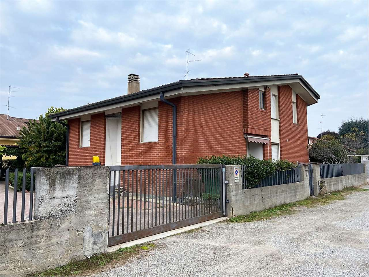 Appartamento in vendita a Cameri, 4 locali, prezzo € 140.000   PortaleAgenzieImmobiliari.it