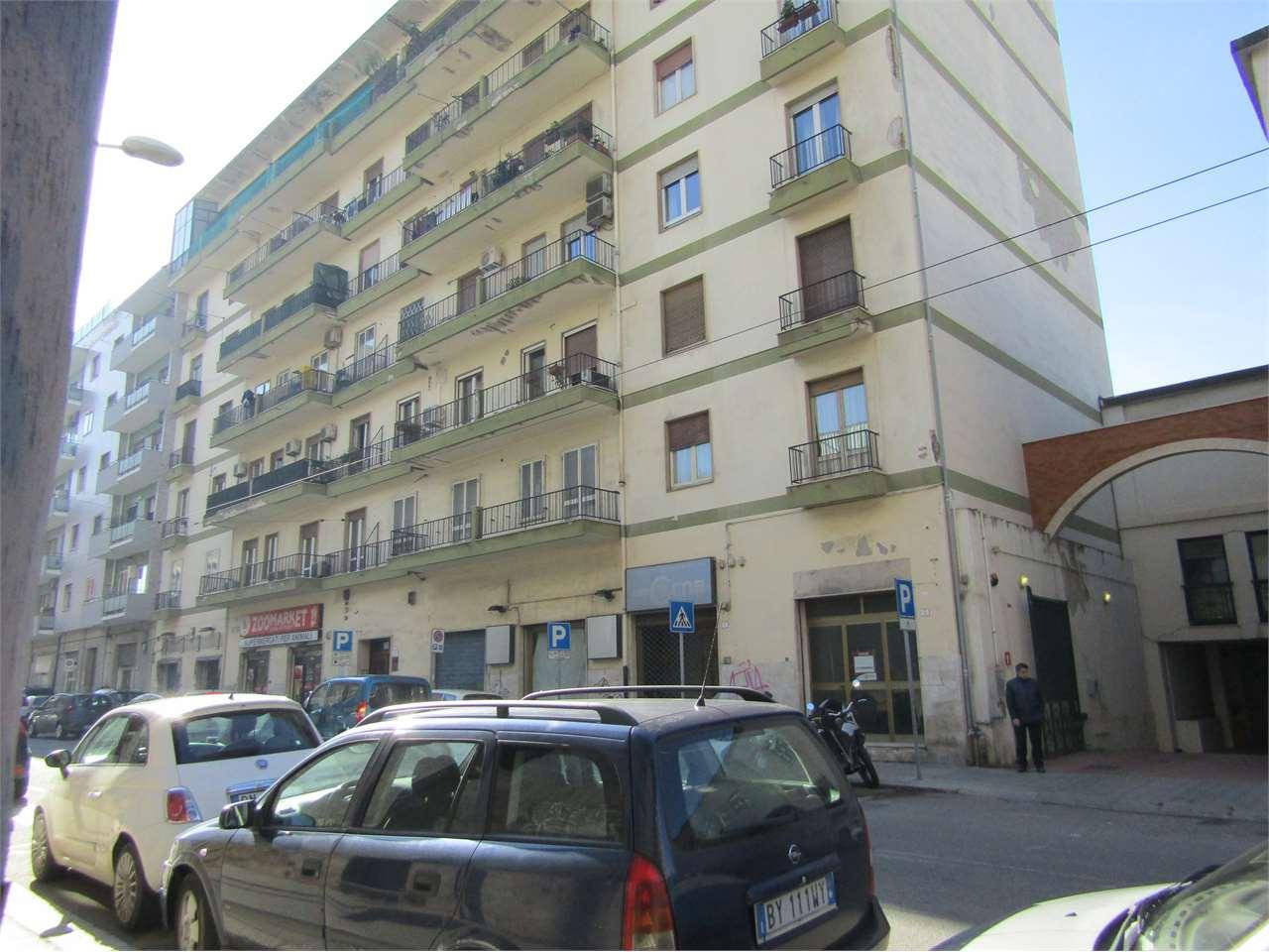 Negozio / Locale in Vendita a Cagliari