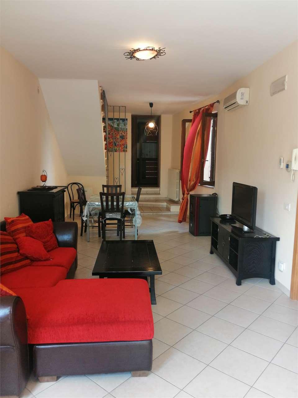 Appartamento in vendita a Montefano, 3 locali, prezzo € 130.000 | CambioCasa.it