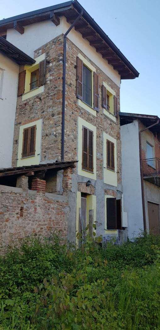 Vendita Bilocale Appartamento Castronno 206311