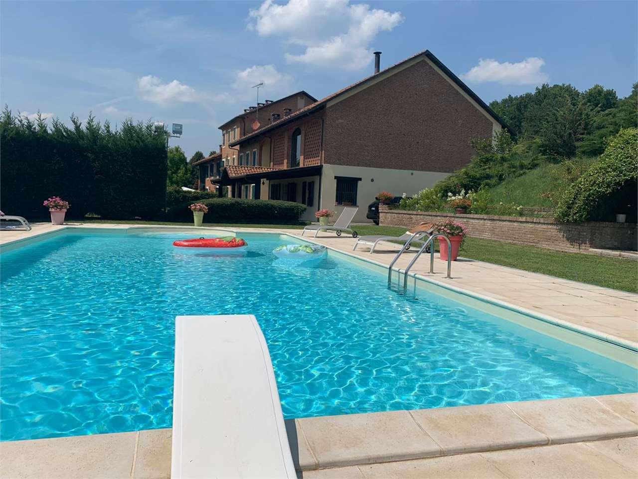 Rustico / Casale in vendita a Monale, 20 locali, prezzo € 900.000   PortaleAgenzieImmobiliari.it