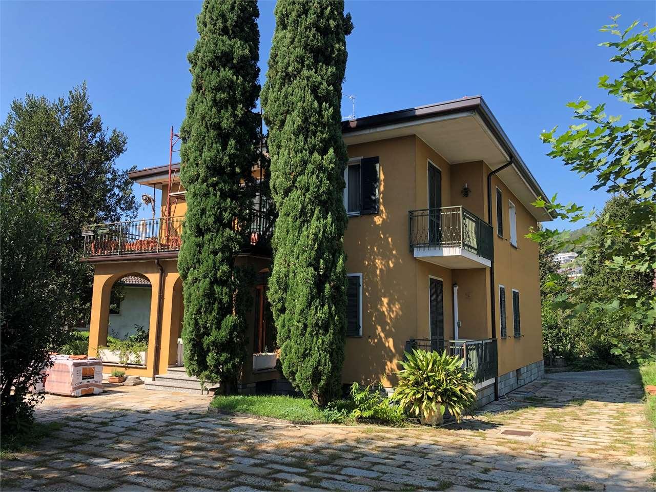 Vendita Villetta Bifamiliare Casa/Villa Cesana Brianza Via Giuseppe Parini  212567