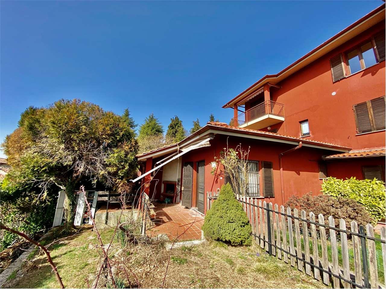Vendita Trilocale Appartamento Colle Brianza Via A. Manzoni   233071