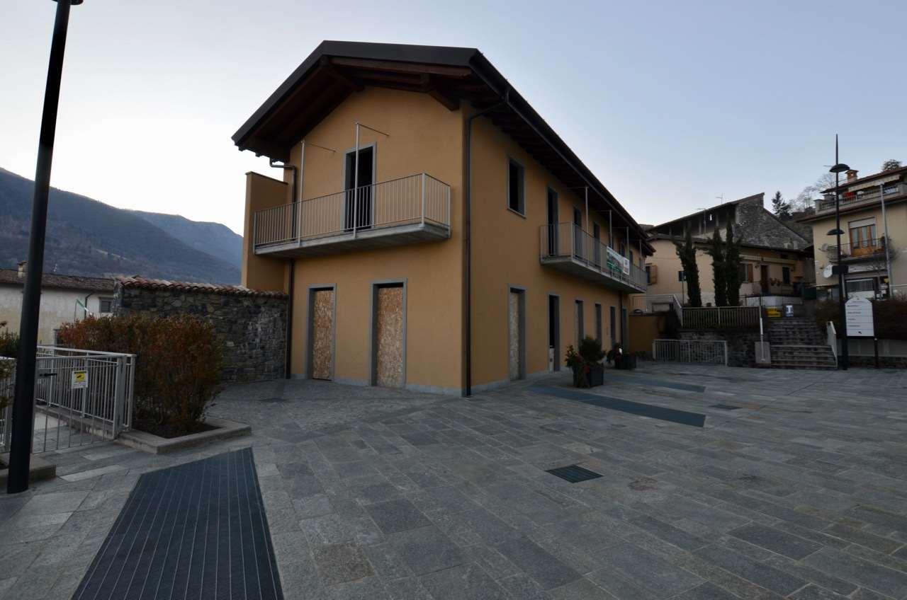 Rustico / Casale in vendita a Solto Collina, 3 locali, prezzo € 81.400 | CambioCasa.it