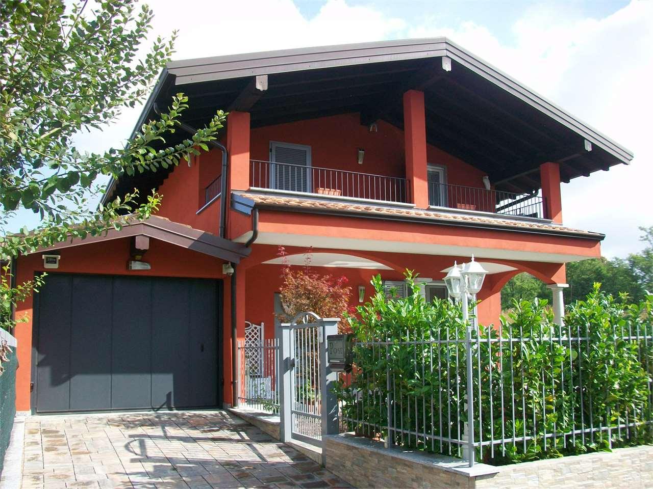 Villa in Vendita a Divignano