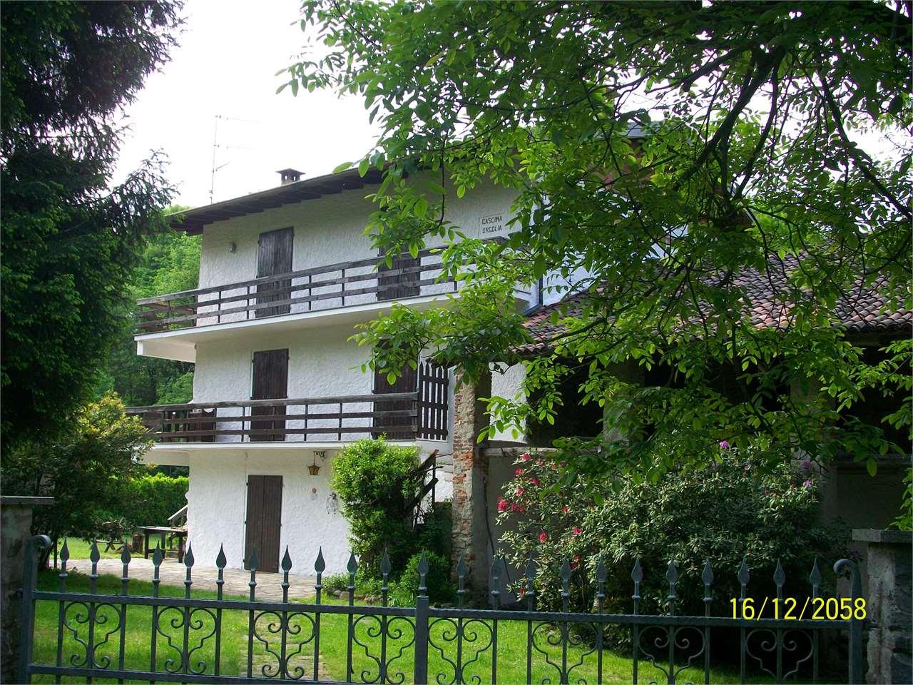 Rustico / Casale in Vendita a Borgo Ticino