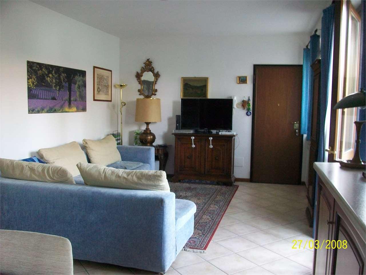 Appartamento in vendita a Castelletto Sopra Ticino, 3 locali, prezzo € 170.000 | CambioCasa.it