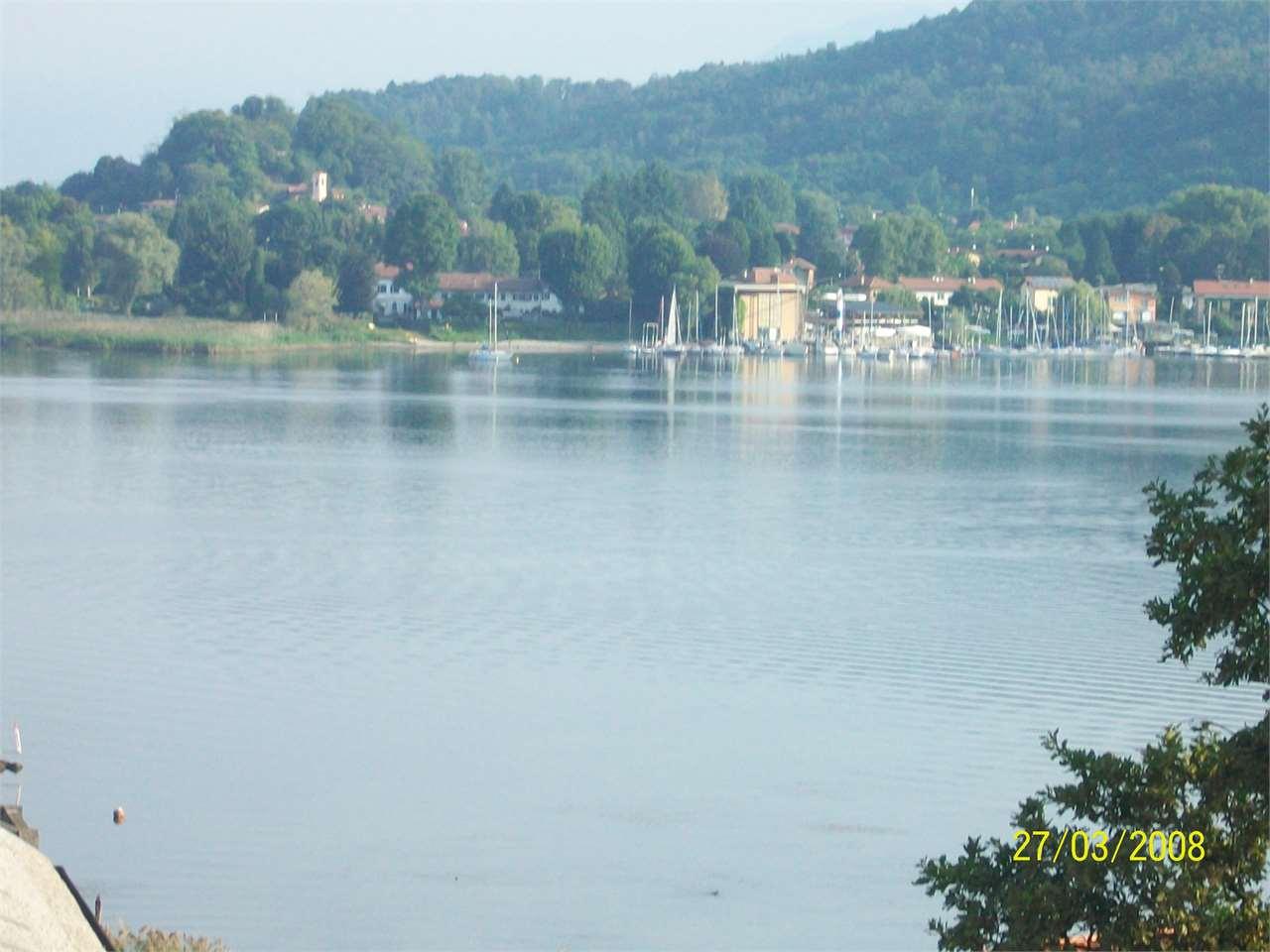 Appartamento in vendita a Castelletto Sopra Ticino, 3 locali, prezzo € 119.000 | CambioCasa.it