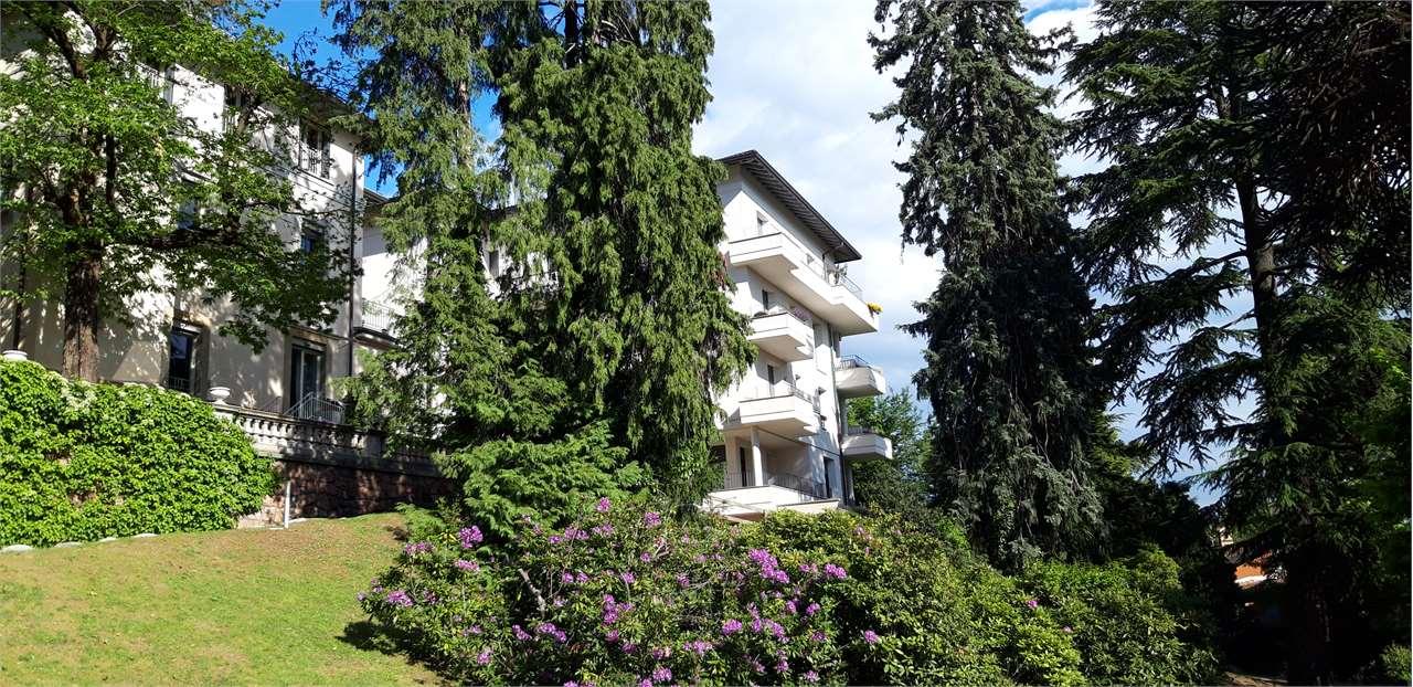 Appartamento in vendita a Varese, 4 locali, prezzo € 740.000 | PortaleAgenzieImmobiliari.it