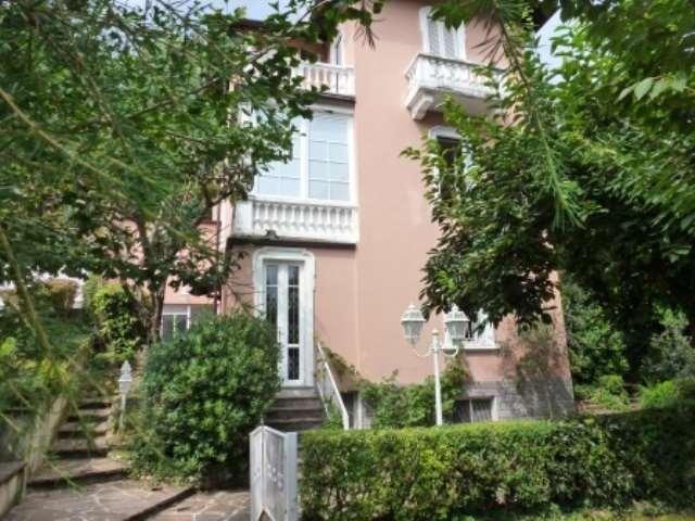 Villa in vendita a Varese, 6 locali, zona Zona: San Gallo, prezzo € 620.000 | CambioCasa.it