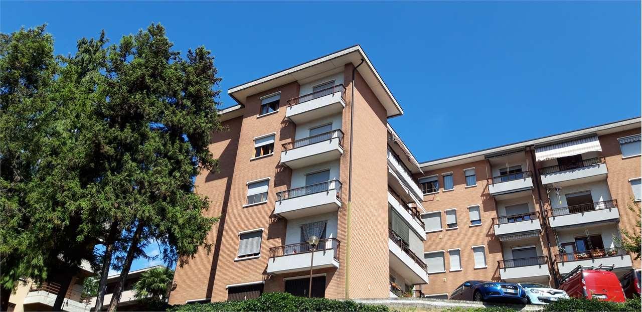 Appartamento in vendita a Varese, 3 locali, prezzo € 148.000 | CambioCasa.it