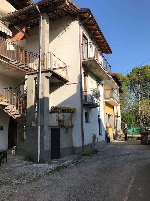 Appartamento in vendita a Gavirate, 2 locali, zona Zona: Groppello, prezzo € 67.000 | CambioCasa.it