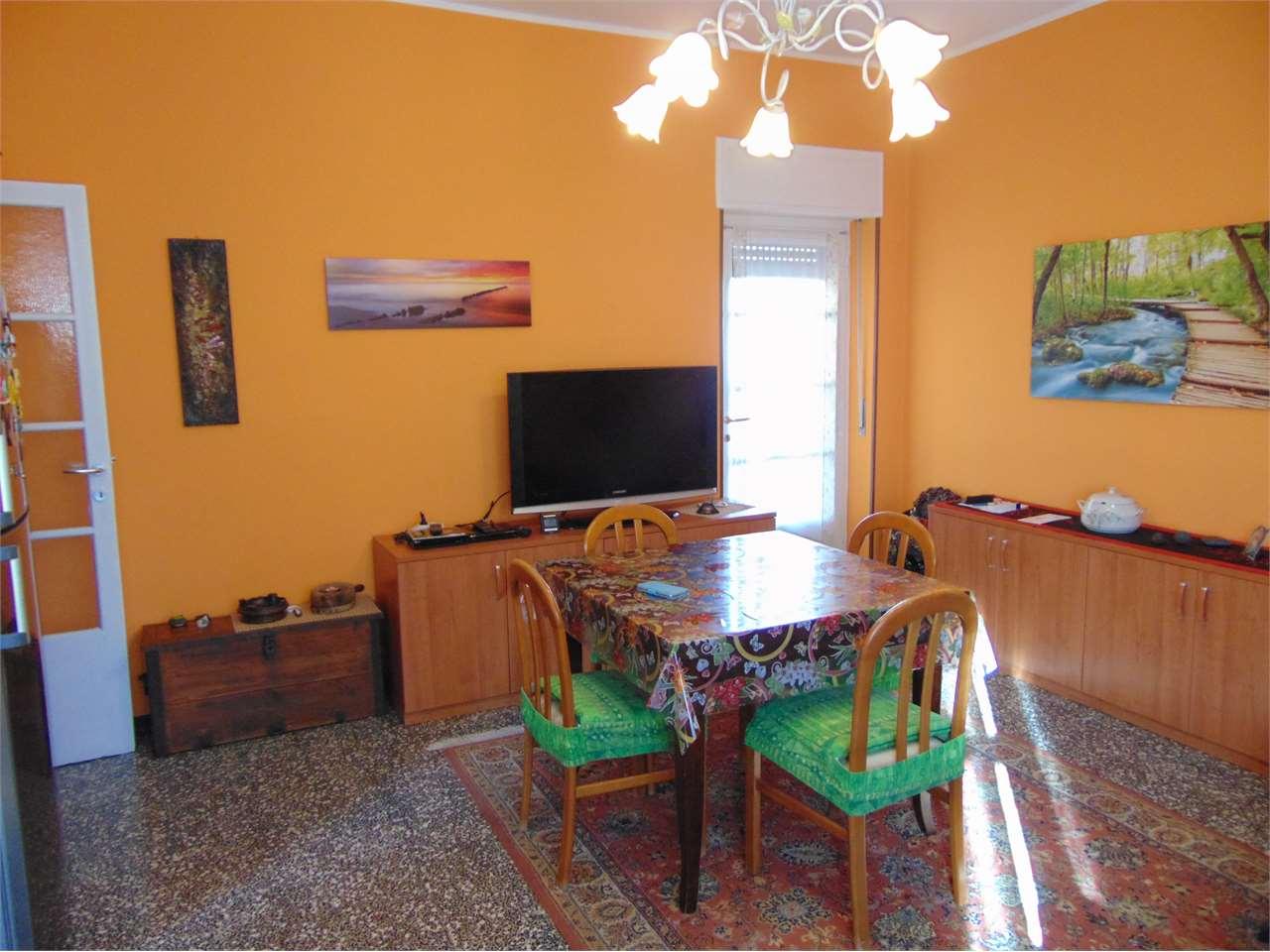 Appartamento in vendita a Varese, 3 locali, zona Località: Valle Olona, prezzo € 108.000 | CambioCasa.it