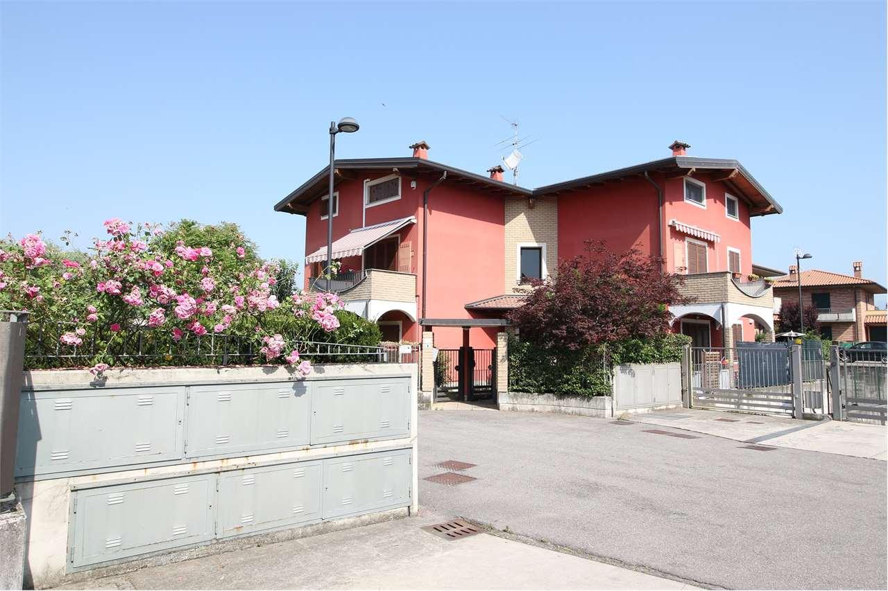 Appartamento in vendita a Madone, 2 locali, zona Località: Madone, prezzo € 89.000 | CambioCasa.it