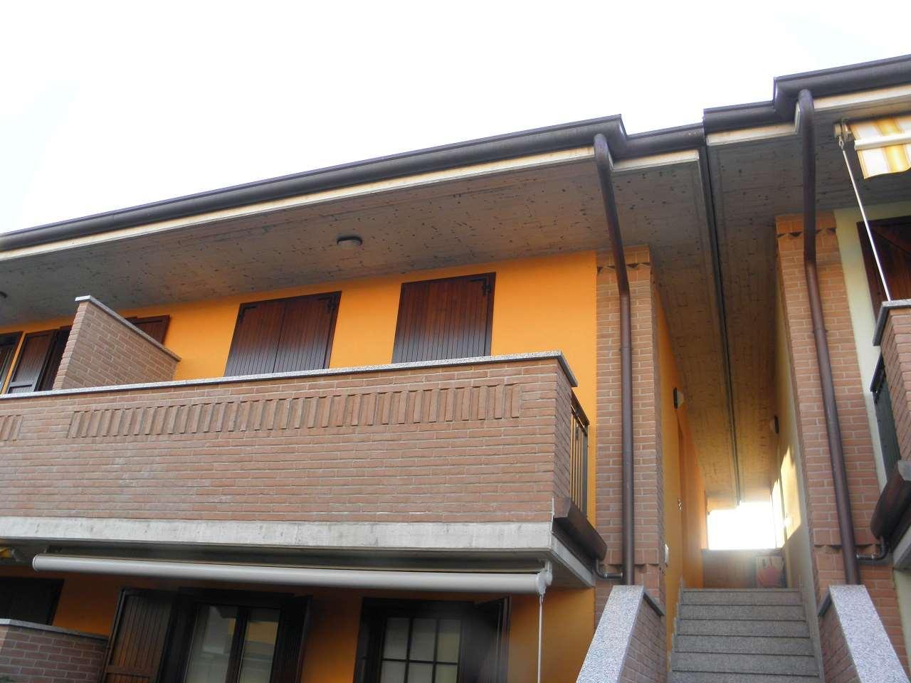 Appartamento in affitto a Bonate Sopra, 2 locali, zona Località: Bonate Sopra, prezzo € 480 | CambioCasa.it